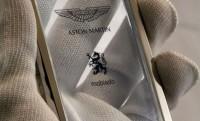 Mobiado CPT002 – átlátszó luxusmobil aktiválja az Aston Martin légzsákjait
