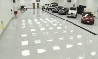 Földalatti garázs 1,1 Mrd-ért (autók nélkül)