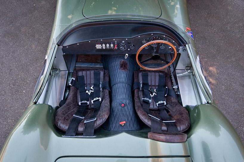 Lapraszerelt 1 1 Aston Martin modell 10M-ért  bc3fe80ae5