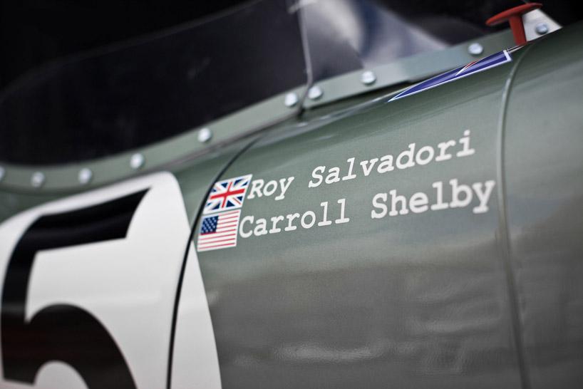 Az évforduló alkalmából az Aston Martin egy igazán meglepő dolgot  pattintott össze  elkészítették az 1959-es Aston Martin DBR1 2 versenyautó  1 1 ... 1dd95e48a0