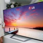 213 cm 4K 3D TV az LG-től