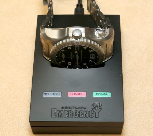 Breitling-Emergency-II-10