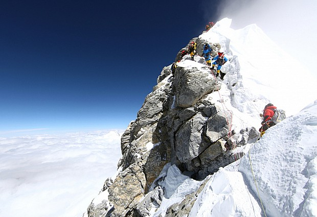 CLIMBING-NEPAL-US-EVEREST