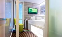 Mobilról vezérelhető mini hotelszobák Londonban