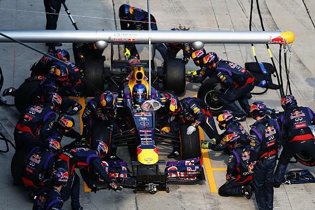 Sebastian_Vettel-F1_GP_Malaysia