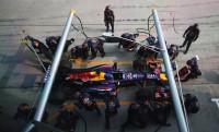 2mp-es F1 kerékcsere rekord lassításban