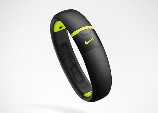 nike-fuelband-SE-db03
