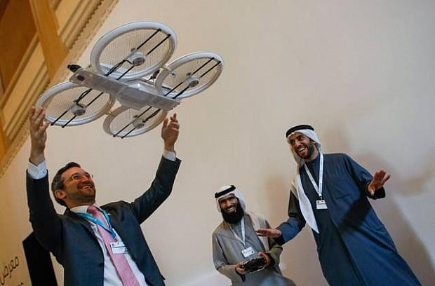 UAE-dubai-drone02