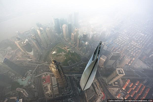 shanghai-torony-felhokarcolo-06