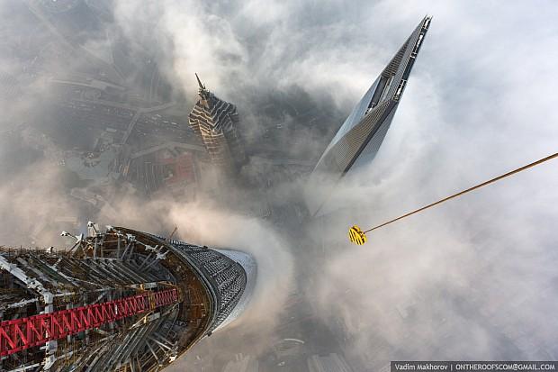 shanghai-torony-felhokarcolo-14