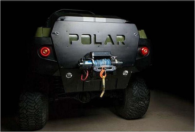 Toyota-Tacoma-Polar-Expedition-Truck-5