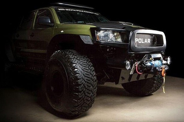 Toyota-Tacoma-Polar-Expedition-Truck