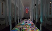 Pszichedelikus varázsszőnyeg egy marokkói katedrálisban