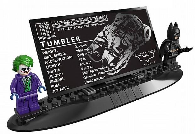 LEGO-DC-Superheroes-Batman-Tumbler-Minifigures-Stand-Batman-Joker-e1405892361837