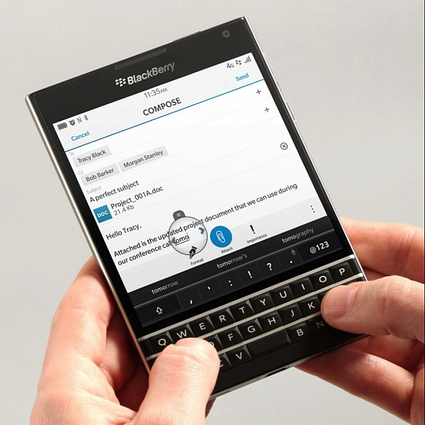 blackberry passport ára