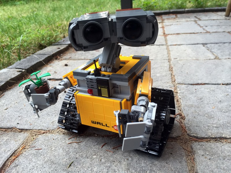 wall-e-lego-01