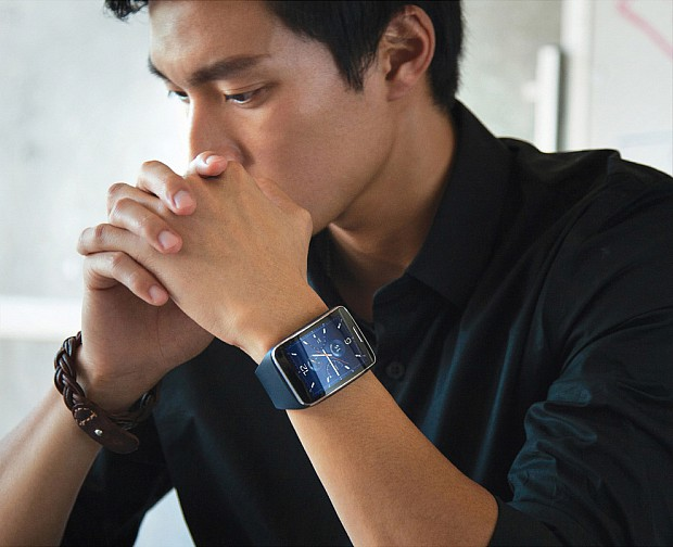 samsung_gear_s_office_man