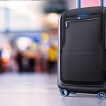 bluesmart-connected-suitcase-airport-1500x1000