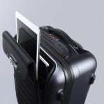 bluesmart-connected-suitcase-ipad-1500x1000