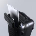 bluesmart-connected-suitcase-laptop-1500x1000