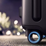 bluesmart-connected-suitcase-outdoor-1024x682