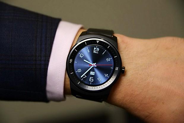 LG-G-Watch-R-oltony