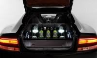 Dom Pérignon bárszekrény az új Aston Martinban