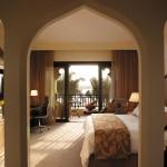 Shangri-La -Deluxe-Room
