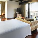 anantara_dubai_over_water_villa_bedroom