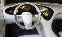 Műszerfal helyett egy nagy iPhone – Chrysler 200C