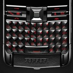 vertu_constellation_quest_ferrari_handset_1