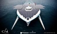 A hatalmas hajó csak napenergiát használt a Föld megkerüléséhez