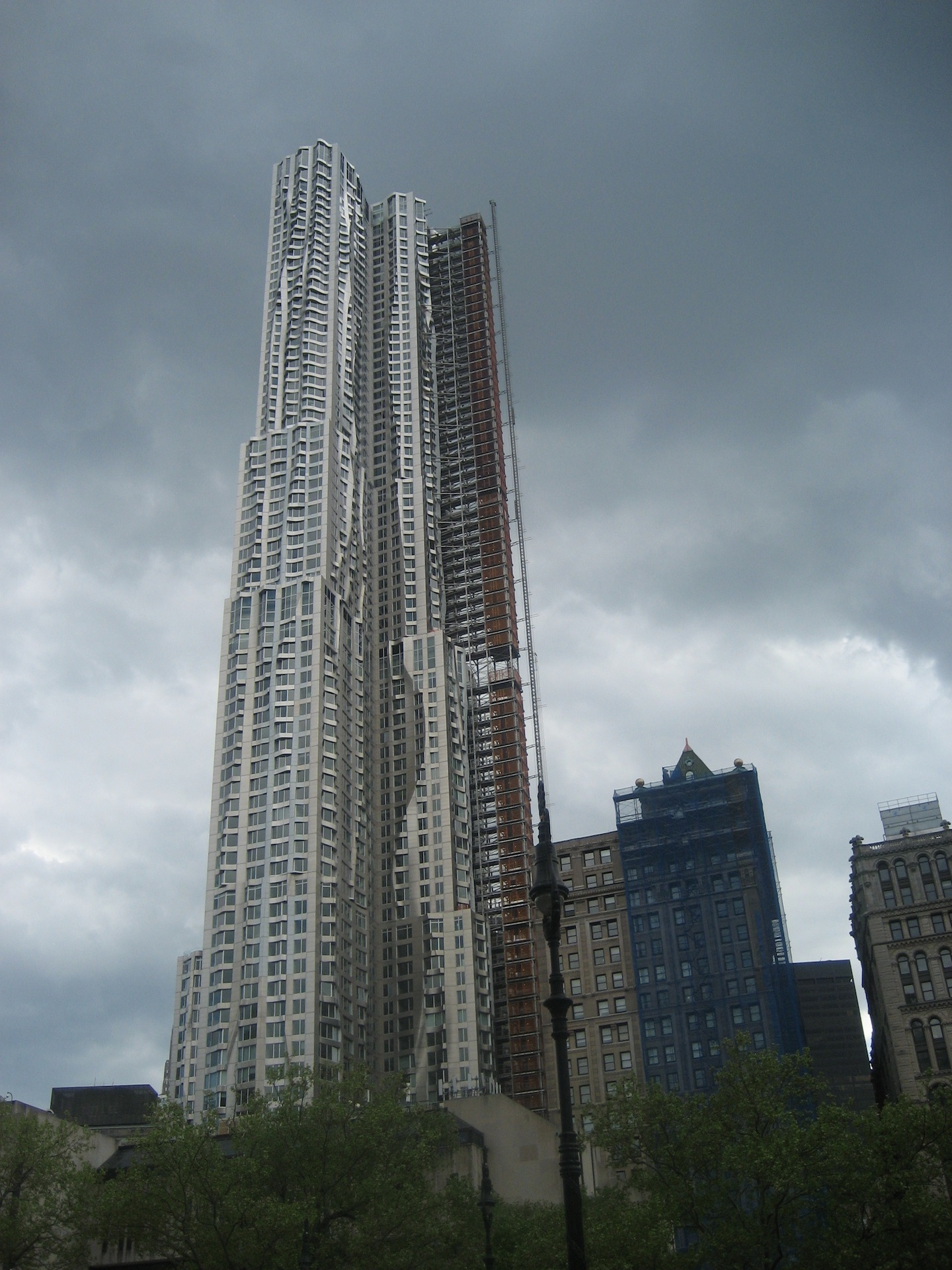 gehry1