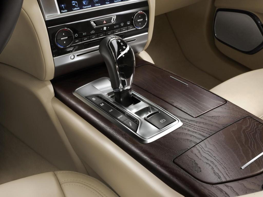 Maserati-Quattroporte-Limited-Edition-by-Ermenegildo-Zegna-06-1024×767