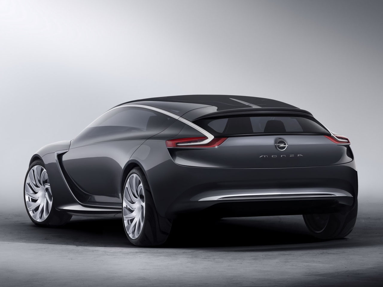 Opel-Monza-Coupe-concept-2