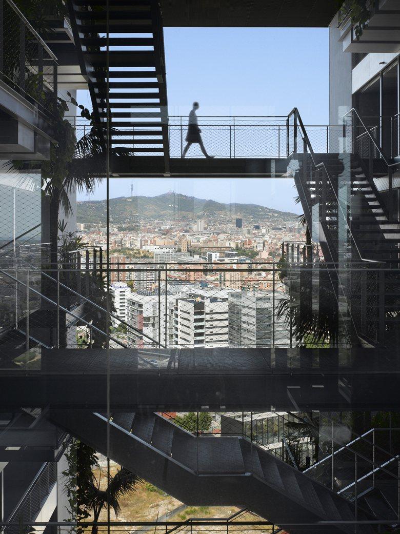IHA_2014_Renaissaince_Barcelona_04