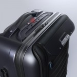 bluesmart-connected-suitcase-top-1500×1000