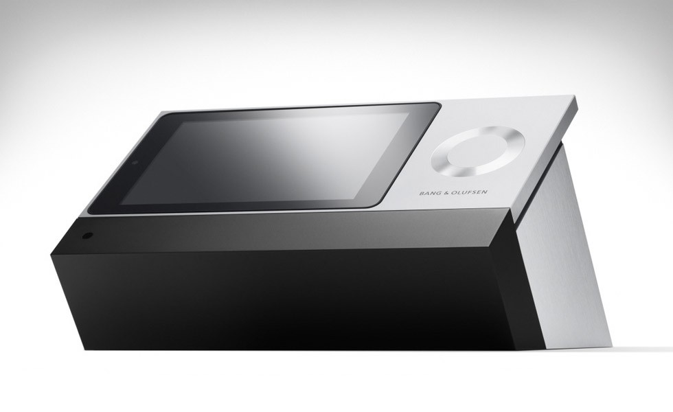 Bang-Olufsen-BeoSound-Moment-spotify