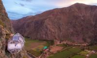 Átlátszó kapszulahotel Peru 400 méteres sziklafalán